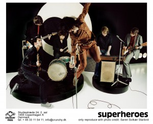super-spring-alt 15x11 300dpi